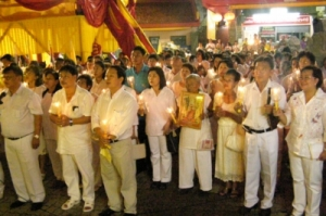 phuket-Phukets-Thai-Chinese-community-held-a-similar-ceremony-in-the-evening-at-Tui-Jui-Shrine-in-Phuket-City-4-WLiMXva