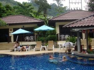 swimming-pool2-apv