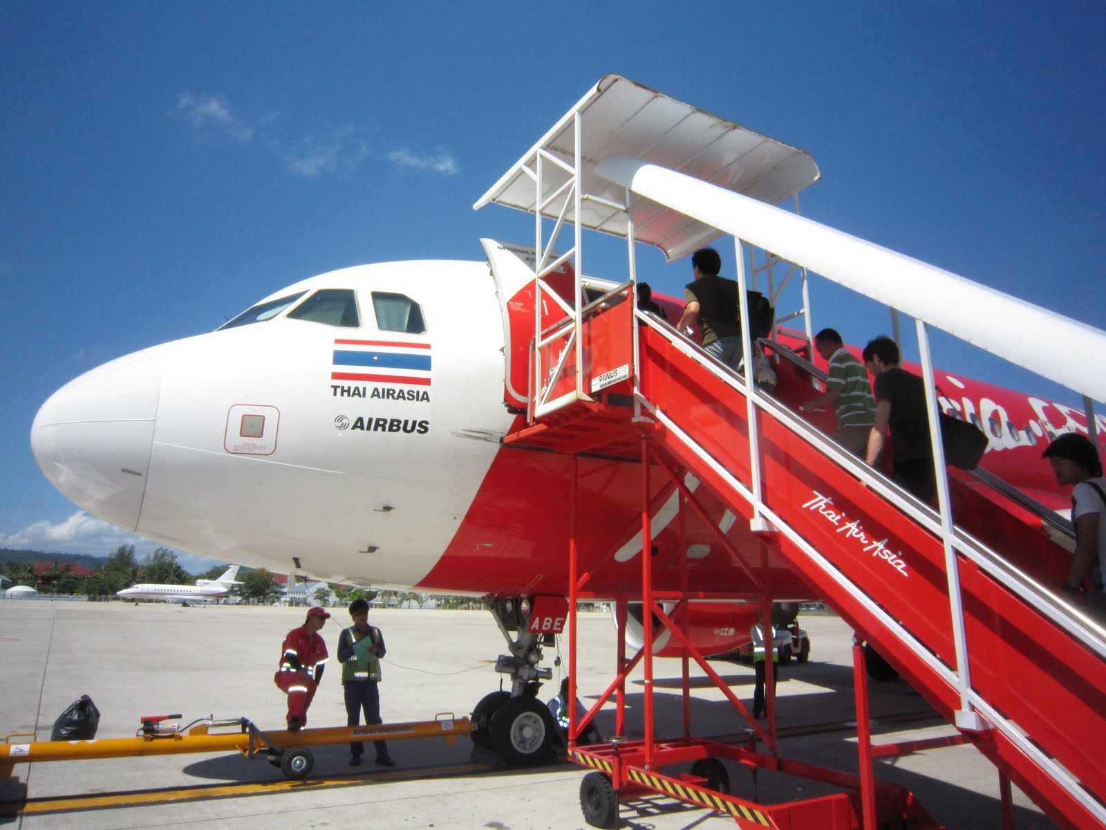 Airasia Slashes Fares For 72 Hours