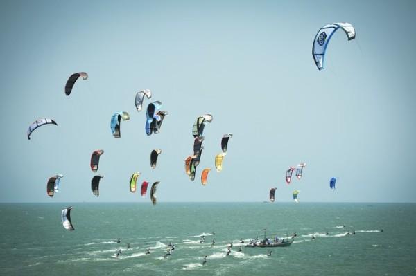 'Kiteboarding Thailand.'    Duncan Worthington