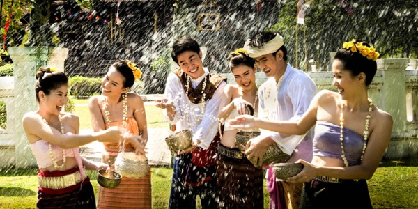 The-Many-Faces-of-the-Thai-Songkran-Festival-1