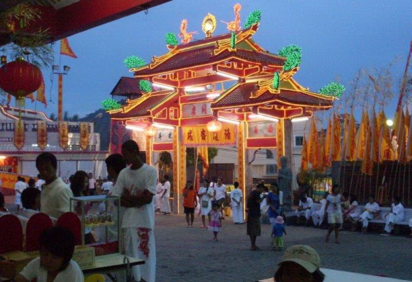 chinese-temple-phuket-town-vegetarian-festival
