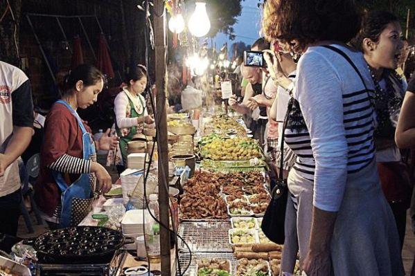 Sunday Night Market Walking Street - Tha Pae Gate, Chiang Mai. - Photo from TripAdvisor