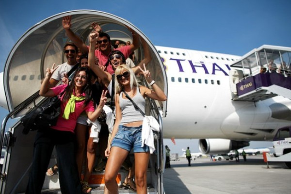 ThaiArrivals_G_20081203095846